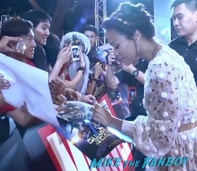 Guardians of the galaxy singapore fan event zoe saldana dave Bautista signing autographs    1
