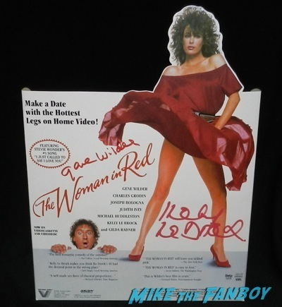 the woman in red counter standee The wonka kids now 2014 hollywood show signing autographs kelly lebrock  31