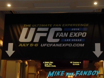 UFC-Fan-Expo-Day-1-autograph-signing-photos-rare
