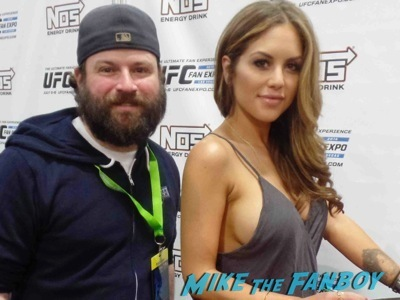 Brittney Palmer UFC Fan Expo Day 2 signing autographs octagon girls hot    11