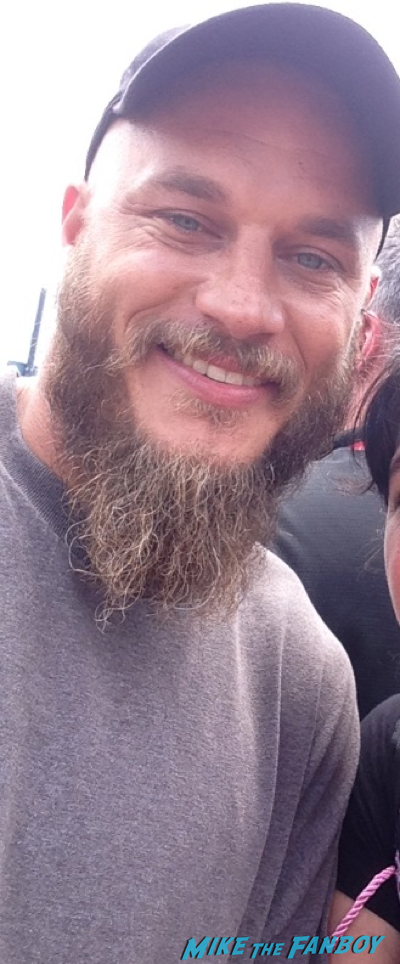 travis fimmel fan photo Vikings cast autograph signing sdcc 2014 travis fimmel fan photo 2