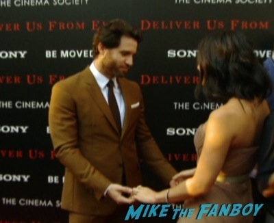 deliver us from evil new york premiere red carpet eric bana    9