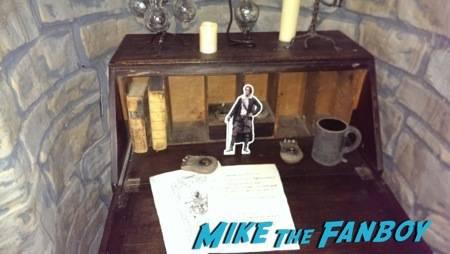#PocketJaime contemplating a letter at the Outlander booth