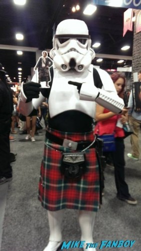 Even Stormtroopers are excited for Outlander!