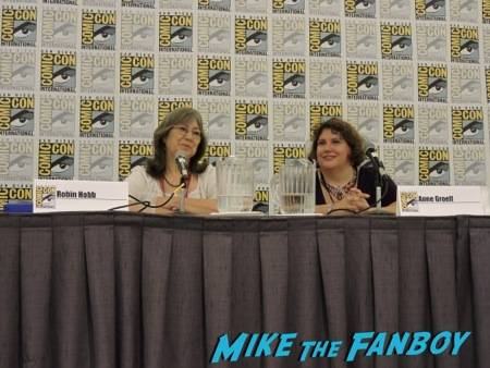 Robin Hobb and      at the Del Rey panel
