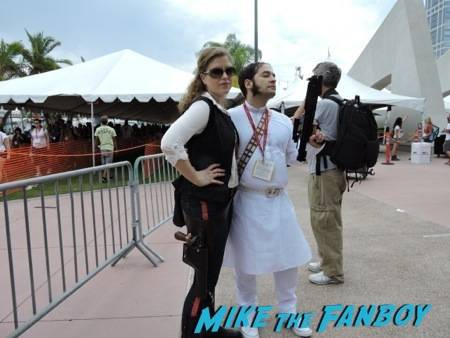 Awesome gender bent Han Solo and Prince Leia cosplay