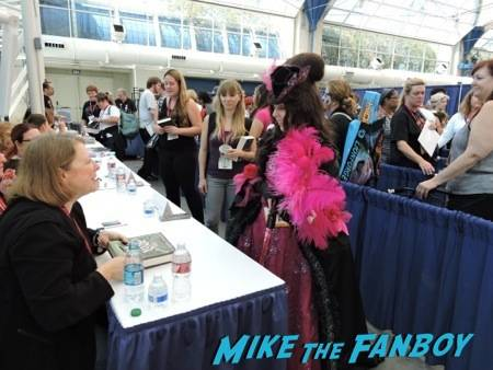 Deborah Harkness signing my book and admiring my costume :)