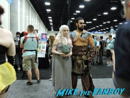 An awesome Khaleesi and Khal Drogo cosplay