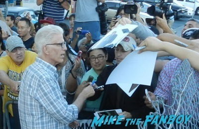 Ted Danson signing autographs jimmy kimmel live 2014 penny dreadful  4