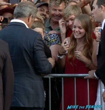 Expendables 3 movie premiere sly stallone signing autographs wesly snipes   12