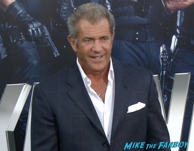 Expendables 3 movie premiere sly stallone signing autographs wesly snipes   17