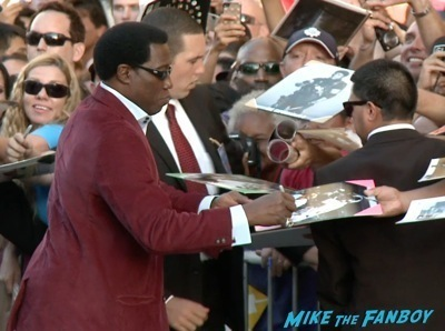 Expendables 3 movie premiere sly stallone signing autographs wesly snipes   8