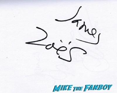 zoe saldana signing autographs Guardians Of The Galaxy European premiere chris hemsworth chris pratt zoe saldana  13