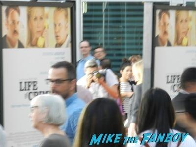 Life of crime movie premiere red carpet jennifer aniston ignoring fans  6