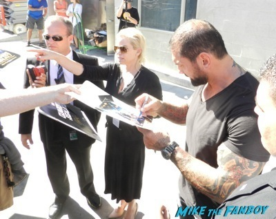 Dave Bautista Signing autographs jimmy kimmel live guardians of the galaxy   8