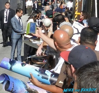 zoe saldana Signing autographs jimmy kimmel live guardians of the galaxy   16