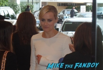 Taylor Schilling signing autographs for fans orange is the new black 2