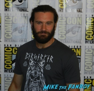 Vikings interview travis fimmel clive standen sdcc 2014  13