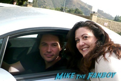 michael johns fan photo selfie rip signing autographs 1