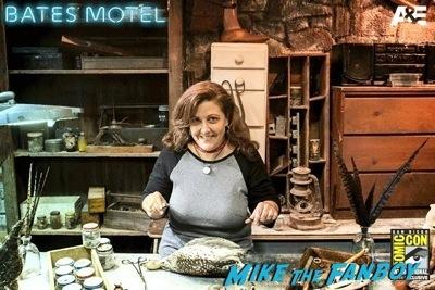 san diego comic con 2014 bates motel cosplay rare 1