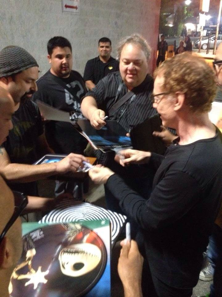 danny elfman signing autographs for fans danny elfman signed autograph nightmare before christmas q and a 4