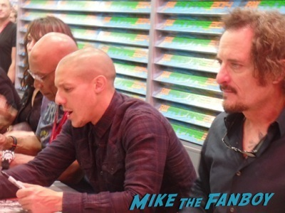 sons-of-anarchy-autograph-signing-sdcc-2014-kim-coates