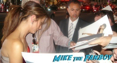 sandra bullock signing autographs All About Steve Premiere sandra bullock signing autographs for fans bradley cooper  11