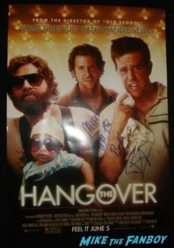 All About Steve Premiere sandra bullock signing autographs for fans bradley cooper  51