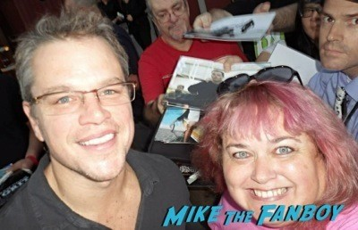 Matt Damon signing autographs fan photo selfie rare 5