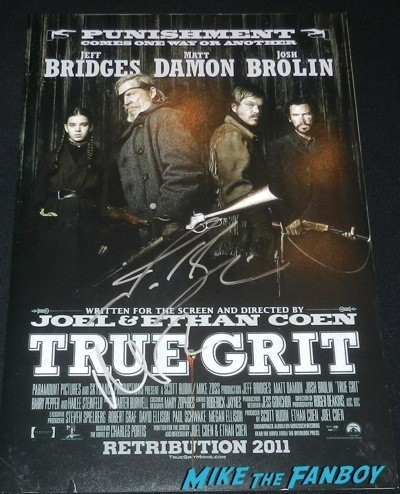 Matt Damon signed autograph true grit mini poster signing autographs jonathan silverman 2014 weekend at bernie's   11