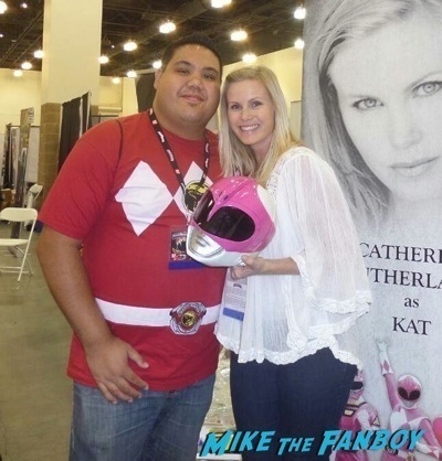 Catherine Sutherland aka Kat Hillard  fan photo Power Morphicon convention pasadena CA meeting Austin St john fan photo selfie   10