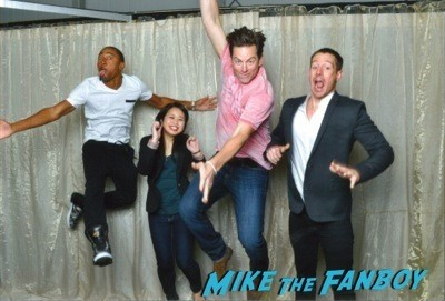 Veronica Mars Group photo jumping jason dohring