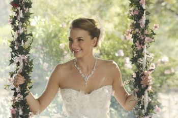 emily-thorne-wedding-560x373