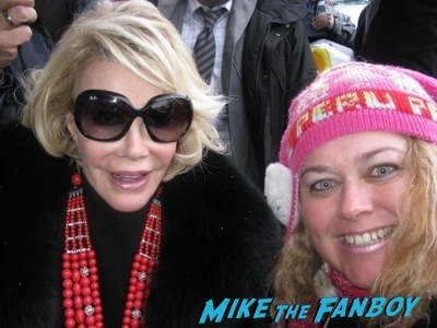 joan rivers fan photo signing autographs rip memorial  1