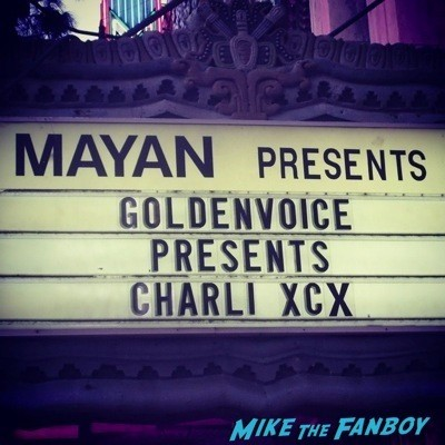 Charli XCX mayan theater fan photo selfie live in concert 1