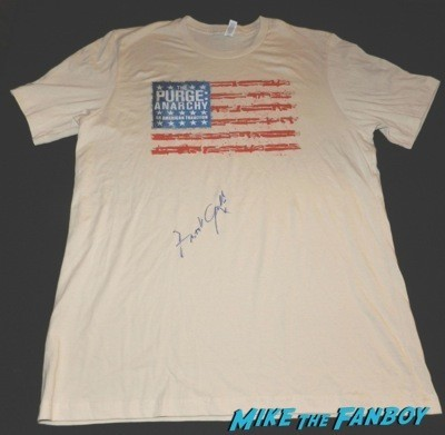 Frank Grillo signed autograph purge: Anarchy shirt