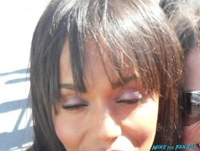 Kerry Washington fan photo flop rare scandal star 1