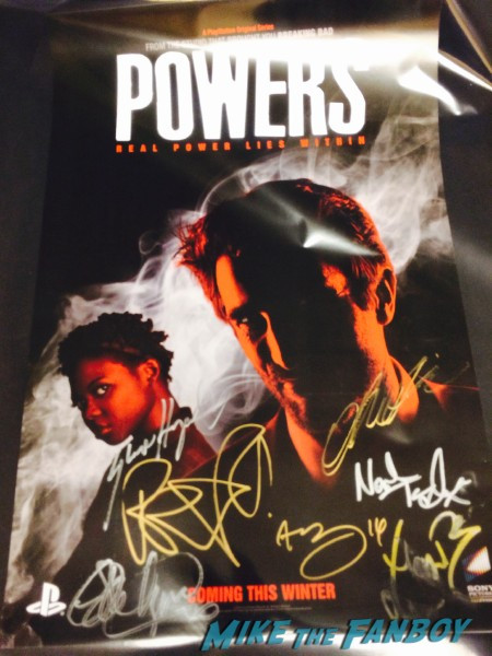 Powers signing NYCC (1)