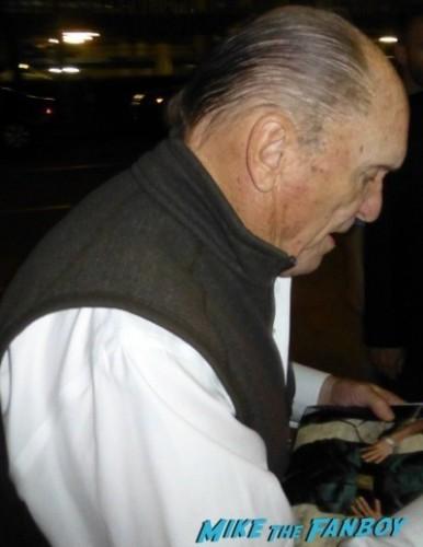 Robert Downey Jr robert duvall signing autographs for fans iron man 2