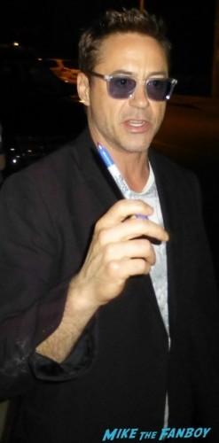 Robert Downey Jr robert duvall signing autographs for fans iron man 5