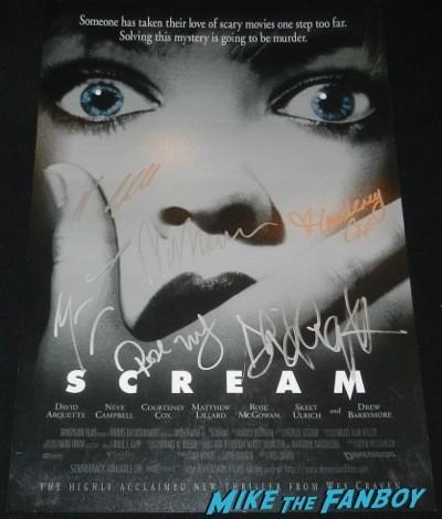 Rose McGowan signed scream mini poster Dawnfest los angeles signing autographs fan photo rare  9
