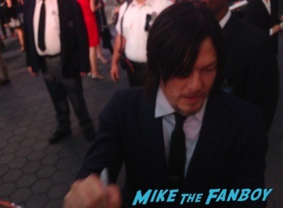 Norman Reedus signing autographs The Walking Dead Season 5 Premiere Norman Reedus Andrew Lincoln signing autographs 17