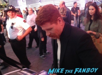 Michael Cudlitz signing autographs The Walking Dead Season 5 Premiere Norman Reedus Andrew Lincoln signing autographs  21