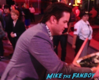 Josh McDermitt signing autographs The Walking Dead Season 5 Premiere Norman Reedus Andrew Lincoln signing autographs  26