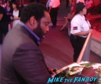 chad coleman signing autographs The Walking Dead Season 5 Premiere Norman Reedus Andrew Lincoln signing autographs  30