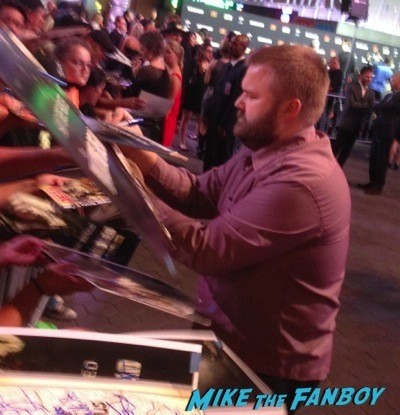 Robert Kirkman Signed The Walking Dead Season 5 Premiere Norman Reedus Andrew Lincoln signing autographs  37
