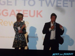 The rewrite UK premiere Hugh Grant signing autographs hot 7