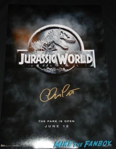 Chris Pratt signed Jurassic World mini poster rare teaser promo