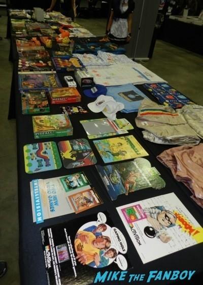 Comikaze expo 2014 convention floor stan lee signed autograph 8