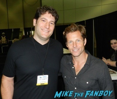 jamie bamber fan photo Comikaze expo 2014 convention floor stan lee signed autograph 41